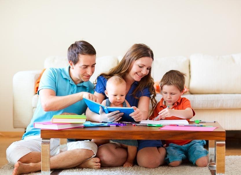 Страховщики выяснили предпочтения родителей по накоплениям и страхованию жизни для детей