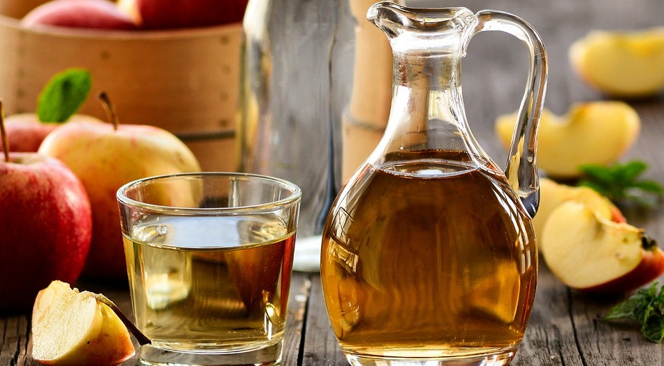 Unexpected health benefits of apple vinegar named